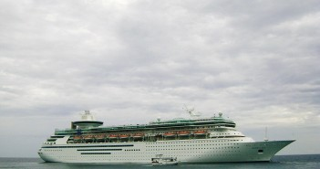 Royal Caribbean mega ship, Sovereign Of The Seas Source Flickr@Mike Burton