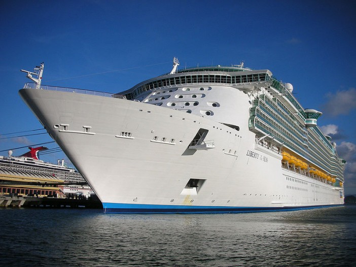 800px-Liberty_Of_The_Seas