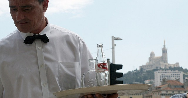 Waiter Source Flickr@Giorgio Montersino