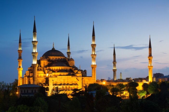 Blue-Mosque-Pedro-Szekely-1024x682