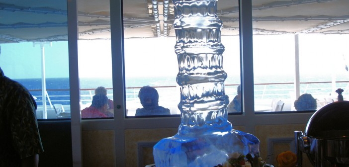Ice-Sculpture Source: Flickr@Lyn Gateley