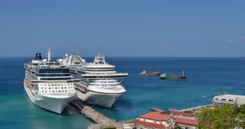 Cruise ships Source Flickr@jerry dohnal