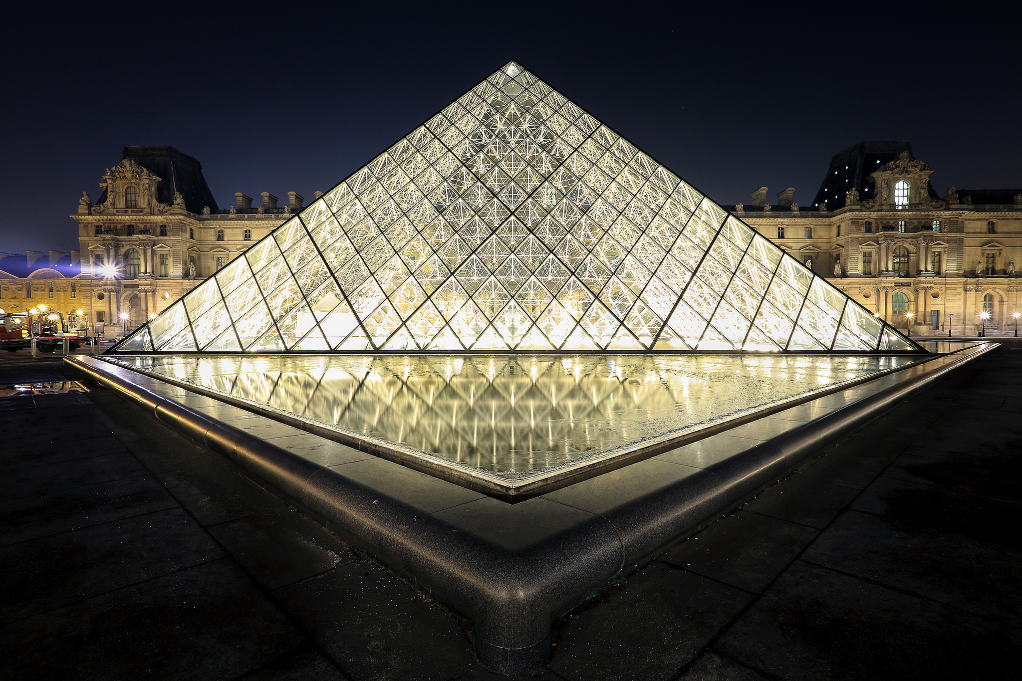 Louvre - Roberto Taddeo