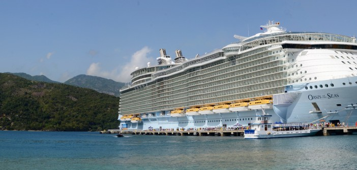 Oasis of the Seas - Source Flickr@Nathanmac87