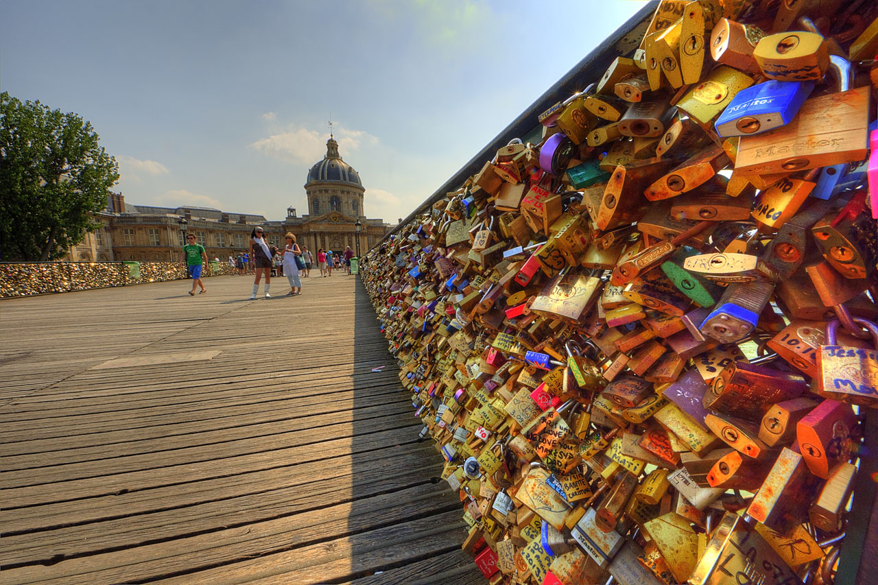 Pont-des-Arts-Claude-Attard