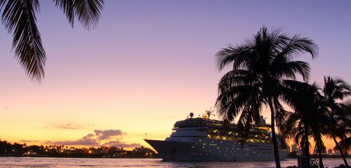 Cruise ship at sunset. Flickr Creative Commons: Don McCullough