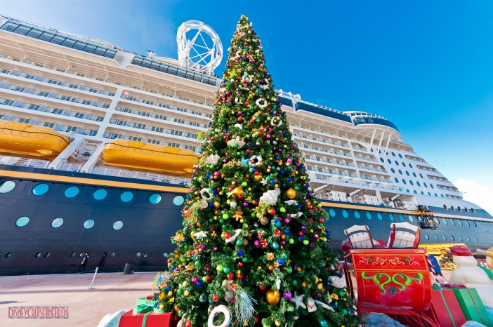 what happens on cruise ships at christmas - When Do Cruise Ships Decorated For Christmas