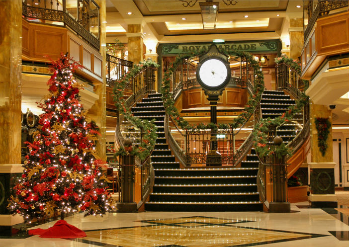 what to expect on a christmas cruise - When Do Cruise Ships Decorated For Christmas