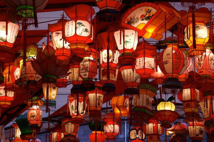 Lanterns in Nagsaki, Japan. Sourced from Creative Commons, credit: Ken FUNAKOSHI