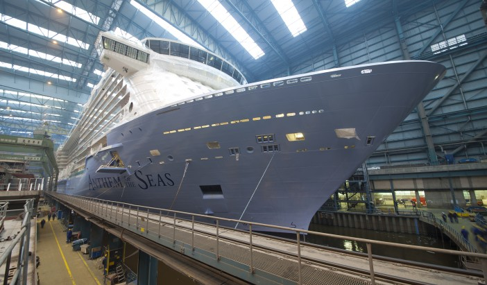 Video: Anthem of the Seas Docking Out