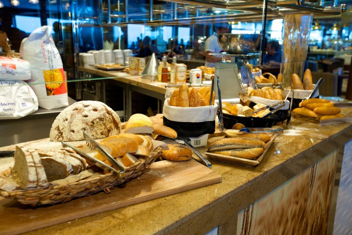 18 Days of Anthem of the Seas – Rotational Dining