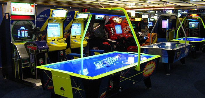 Mariner of the Seas Game Room