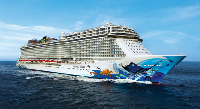 Norwegian Escape Breaks Social Media Record