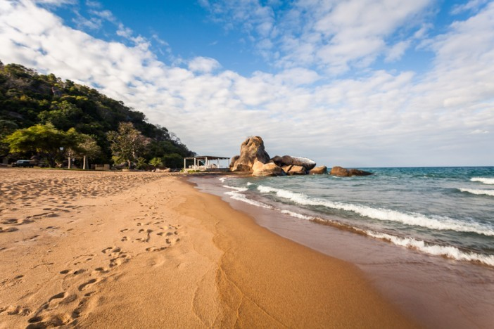lake malawi africa travel guide