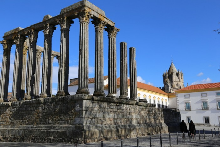 evora cruise travel guide