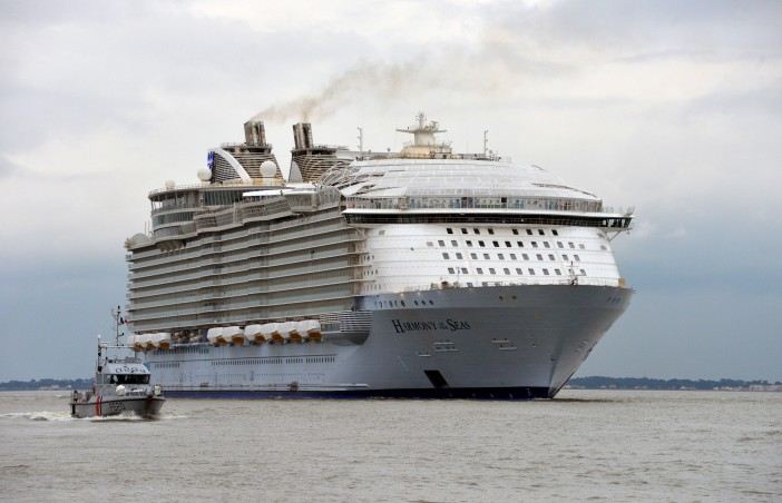 10 Days of Harmony of the Seas – Record Breaker