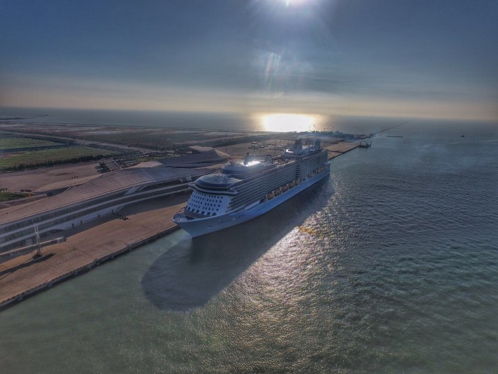 Royal Caribbean Announces New 'Icon Class' of Ships