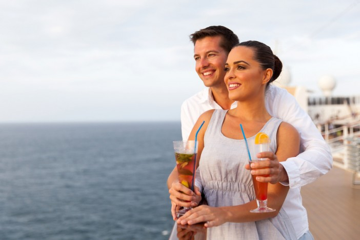 travel agent shop cruise packages