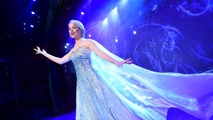 frozen musical disney wonder cruise