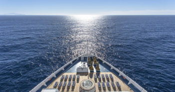 How to Make the Most of a Cruise Ship's Amenities When It's in Port