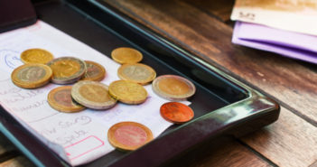 tipping etiquette around the world