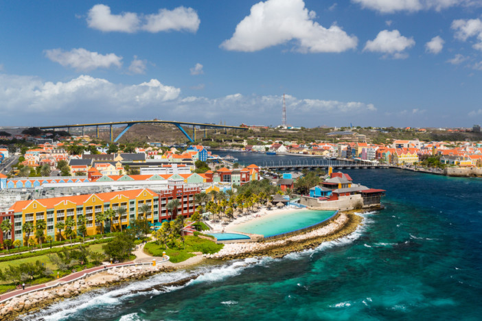 Why You Should Cruise To The Caribbean S Abc Islands Cruise1st Blog