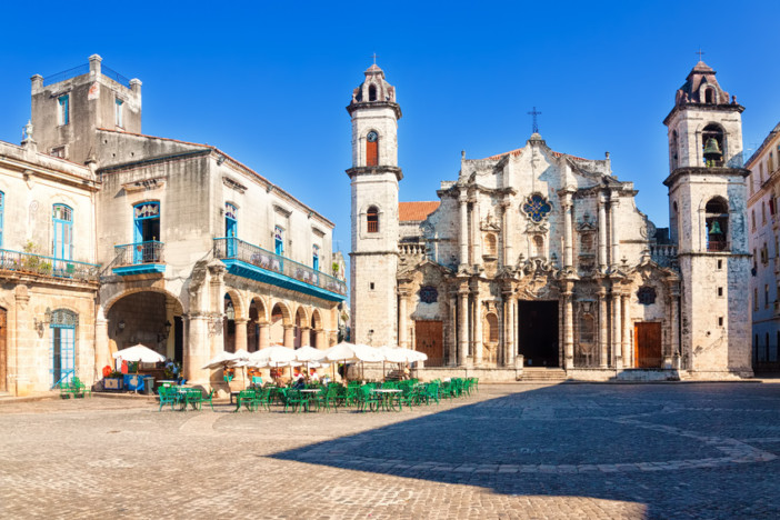 cathedral square havana cuba