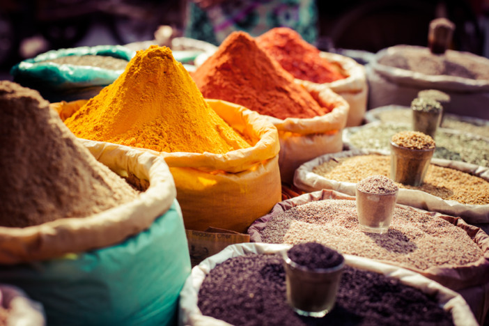 colourful-spices-market-mumbai