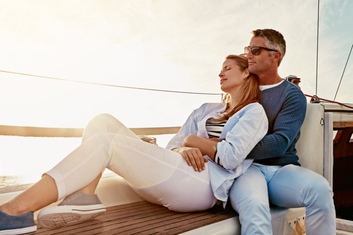 How to Convince Your Reluctant Partner to Try Cruising