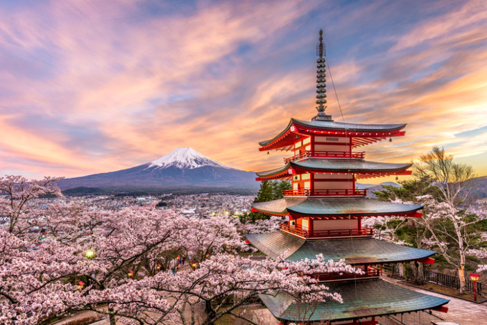 Where to See Japan's Breath-taking Shrines, Temples and Castles | Cruise1st UK