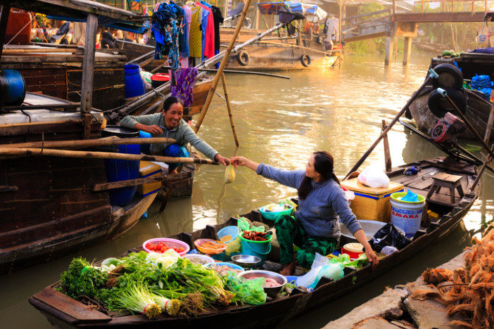 Vietnam floating market