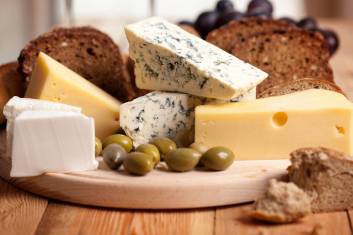 Blue cheese with olives
